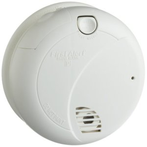 First-Alert-SA710CN-Smoke-Alarm-with-Photoelectric-Sensor-0