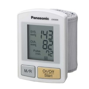 Panasonic-EW3006S-Wrist-Blood-Pressure-Monitor-0