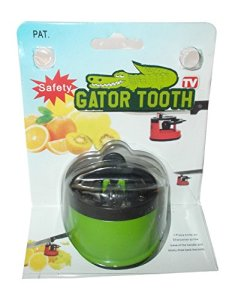 Gator-Tooth-Kitchen-Knife-Blade-Sharpener-0