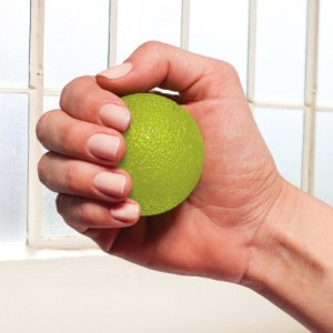 Gaiam-Restore-Hand-Therapy-Exercise-Ball-Kit-0